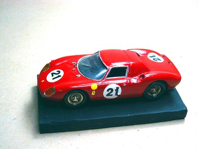 13 Ferrari 250 LM 1965 AUTOMANY (resina)
